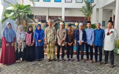 Santri dan Santriwati Pondok Pesantren Babul Khaer Ikuti Lomba Hafalan Al-Qur'an dan Hadist Virtual Se - Sulawesi Selatan